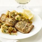 Жареное рыбное филе махи-махи с цветной капустой