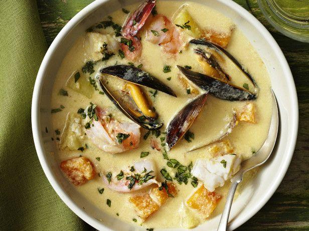 Перуанский суп-пюре с морепродуктами