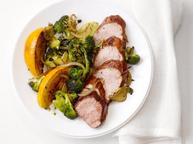 Жареная свинина Пять специй с брокколи и апельсином