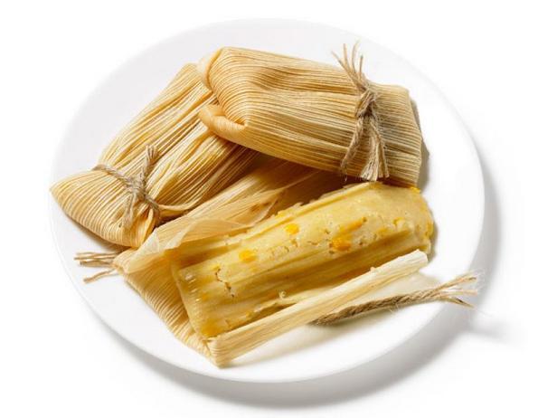 Тамале с кукурузной начинкой