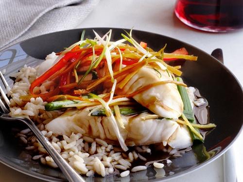 Вареная рыба на пару по-азиатски