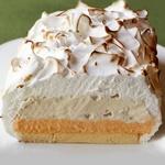 Торт-безе с мороженым «Аляска»
