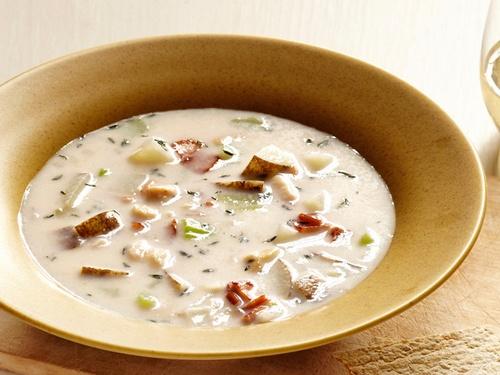 Новоанглийский суп из моллюсков «Клэм-чаудер»