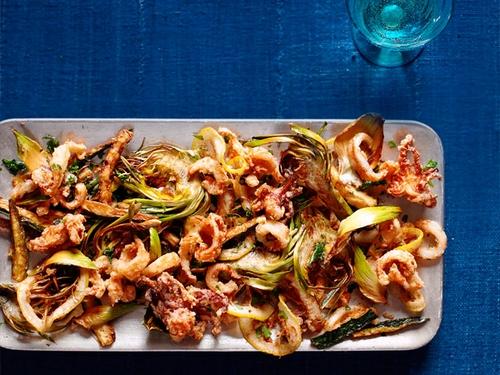 Фритто мисто из кальмаров и овощей