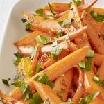 Сладкая морковь на пару