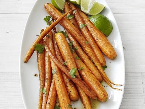 Морковь запеченная с кориандром