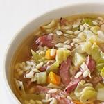 Суп из перловой крупы, капусты с вяленой говядиной