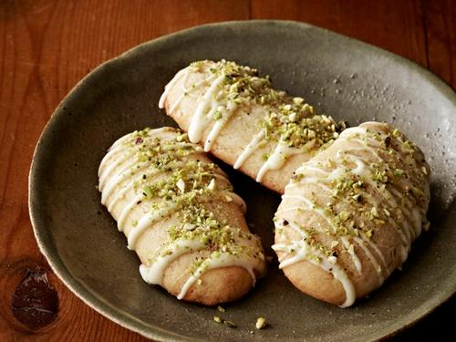 Лимонное печенье с белым шоколадом и фисташками
