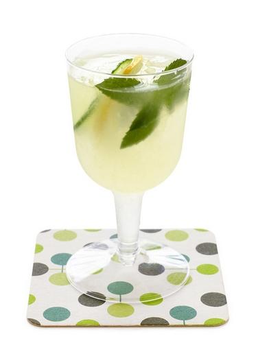 Фото Коктейль «Джин с огурцом и лимоном»