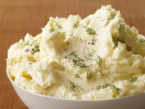 Картофельное пюре со сметаной и укропом