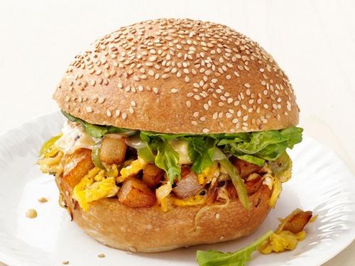 Фото Сэндвичи с яйцами и картофелем