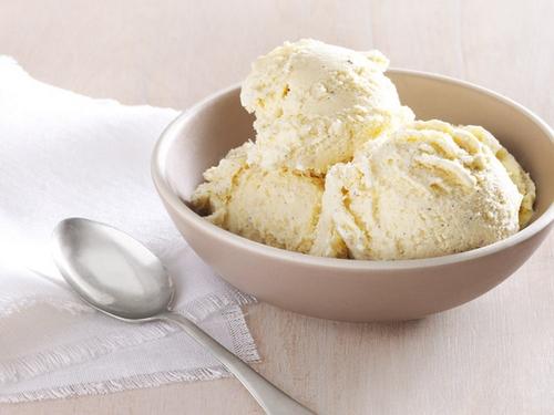 Ванильное мороженое с медом