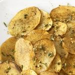 Картофельные чипсы с розмарином