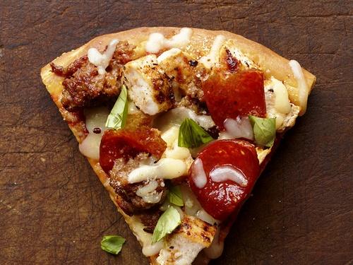 Острая пицца с пряностями
