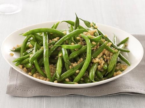 Фото Салат с зеленой фасолью и пшеницей