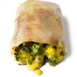 Спринг роллы с сыром чеддер и брокколи