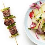 Шашлык из говядины с маринованными овощами по-тайски