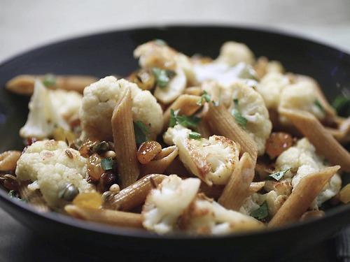 макароны с мясом и капустой