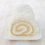Кокосовый рулет с масляно-ромовым кремом