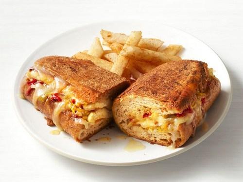 Фото Кубинские сэндвичи с тофу и хикамой