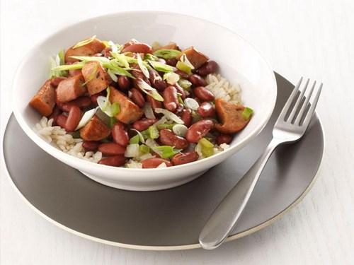 Фото Красная фасоль с колбасой и рисом