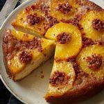 Пирог-перевертыш с ананасами и беконом