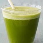 Овощной сок из листовой капусты кале