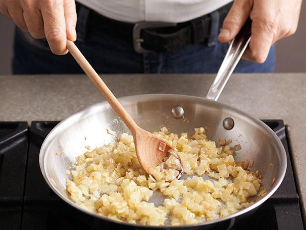 Картофельные бейглы со сладким луком