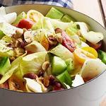 Салат с эндивием и помидорами