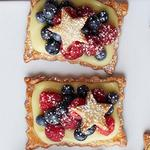 Ореховые тарты «Звездопад» с ягодами