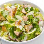 Салат с арктическим гольцом и яблоками