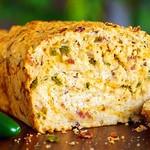 Пивной хлеб с беконом и сыром «Чеддер»