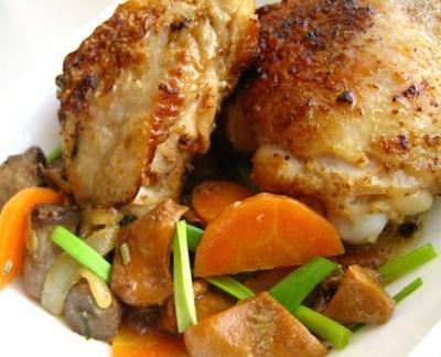Фото Куриные бедрышки с овощами
