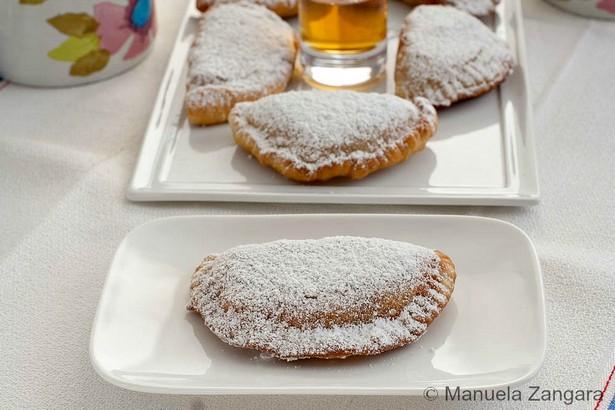 Кассатеде (Cassatedde) - итальянские сицилийские пирожки