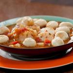 Рыбацкий суп с треской и морскими гребешками
