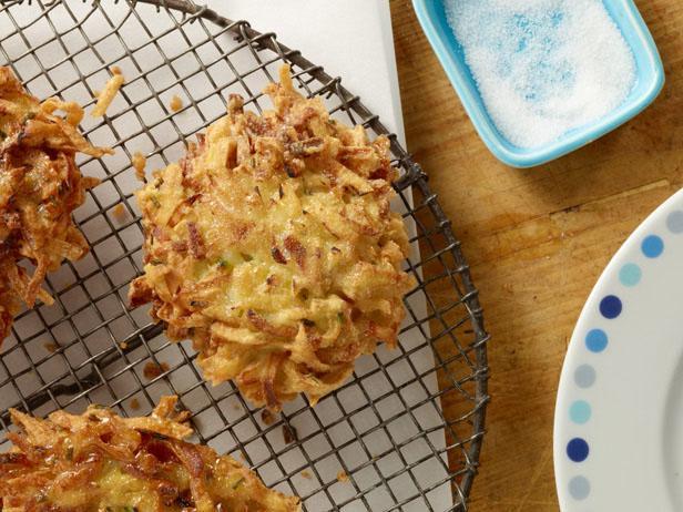 Картофельные драники с пастернаком под карамельной корочкой
