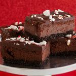 Пирожные «Шоколадный чизкейк» с карамельными конфетами