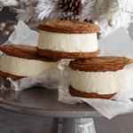Имбирное сэндвич печенье с мороженым