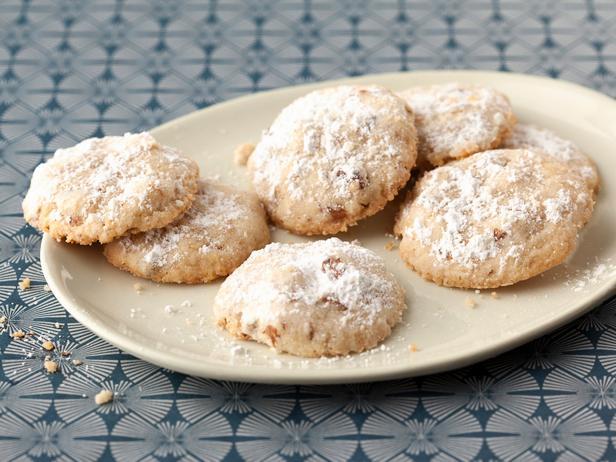 Польворон - печенье с молотыми грецкими орехами