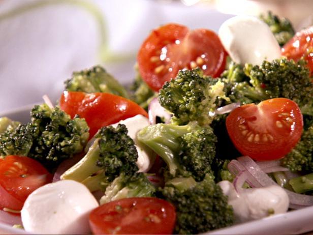 салат из моцареллы брокколи рецепт