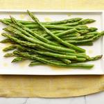 Салат из охлажденной спаржи