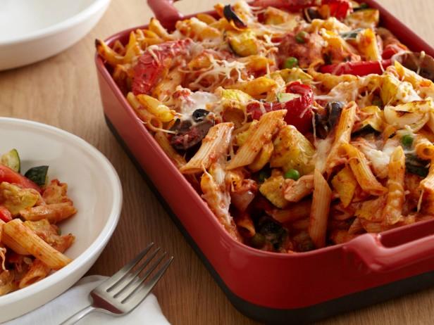 Фото Запеченные макароны с жареными овощами