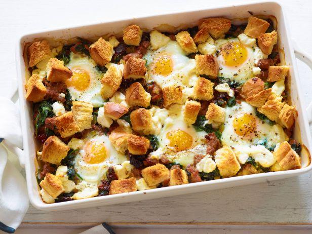 Запеканка с колбасой и яйцами