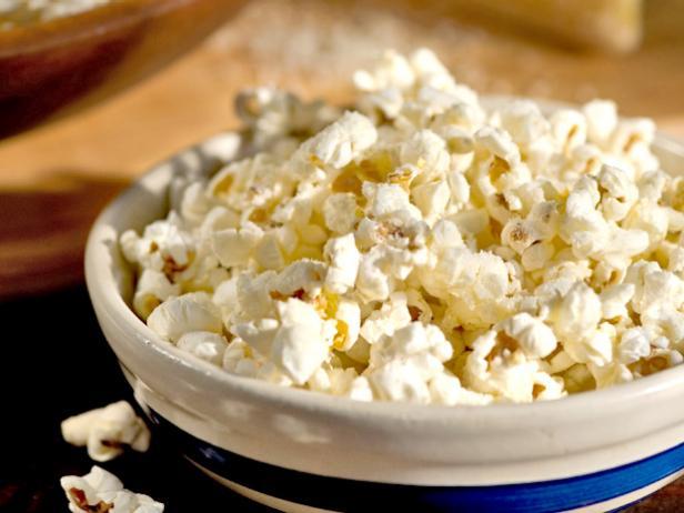 Домашний попкорн с сыром