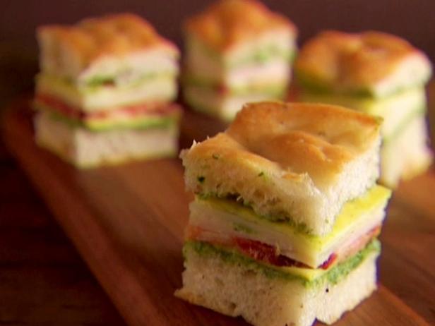 Итальянские клубные мини-сэндвичи