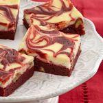 Пирожные брауни «Красный бархат с завитками»