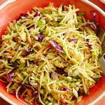 Салат из капусты брокколи и лапши