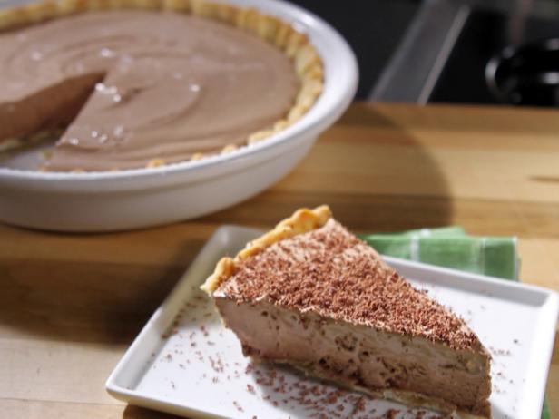 Фото Легкий замороженный пирог с шоколадным муссом