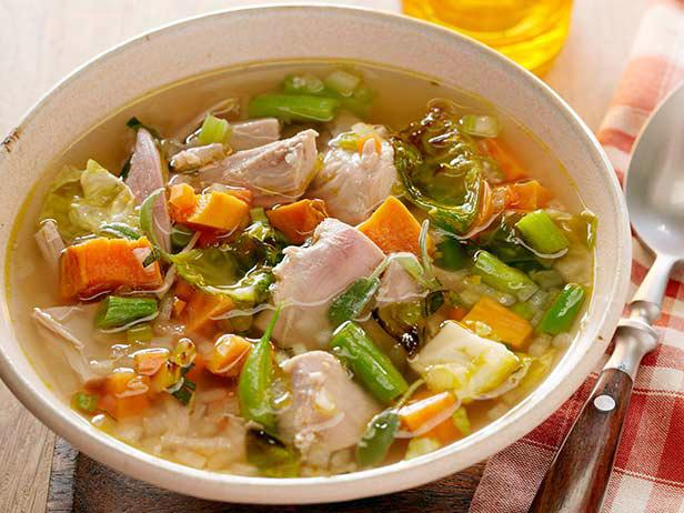 Суп с индейкой и картофельными клецками