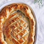 Американский пирог «Пот пай» с индейкой и травами